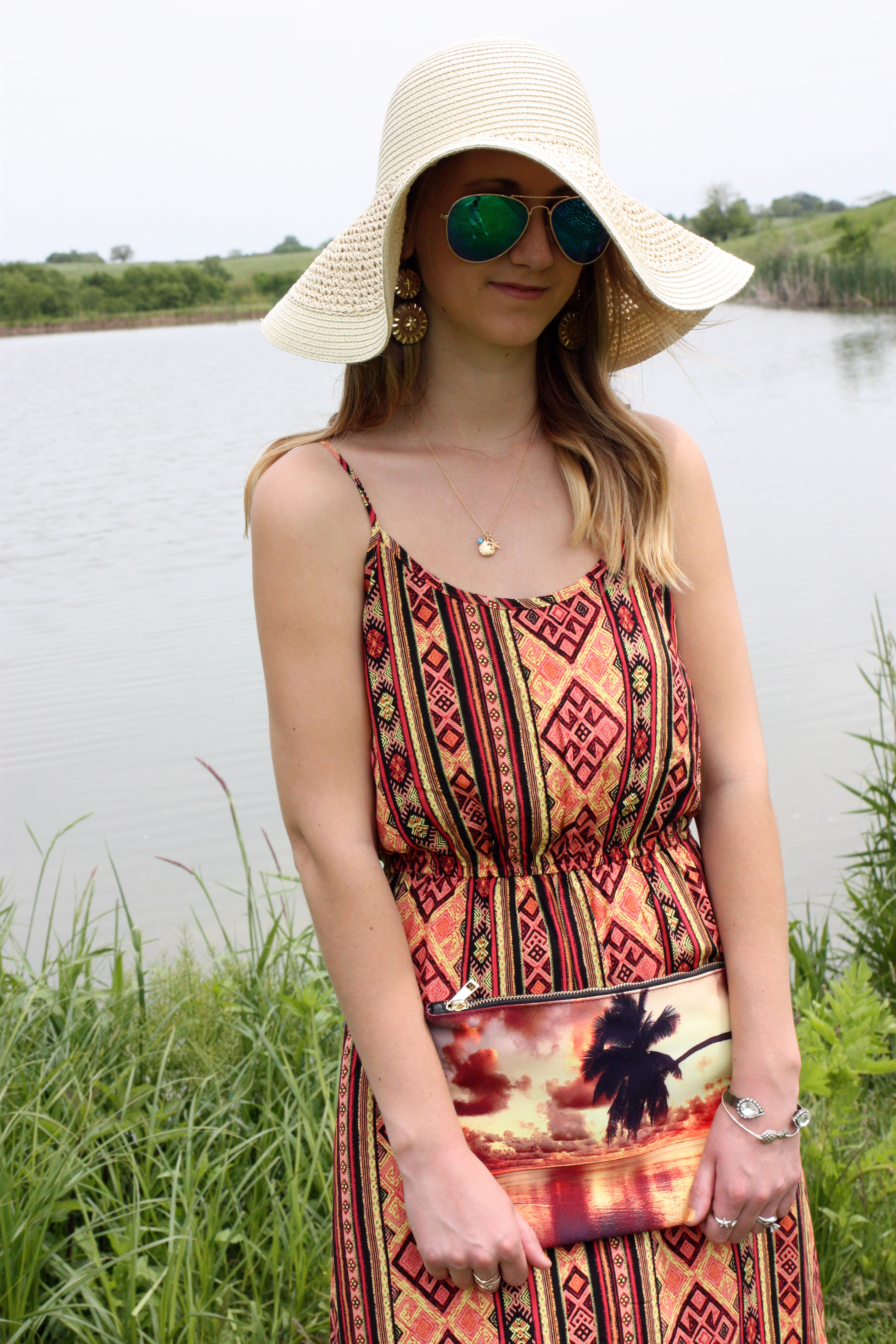 9f6437b1c8eba Forever 21 dress  for some reason the maxi dress isn t on line