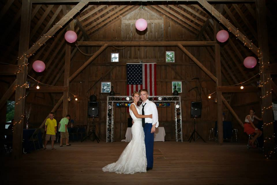 barn, reception, country wedding, wedding day