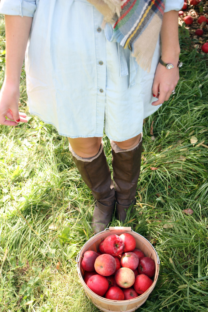 apples, boots, Forever 21 dress