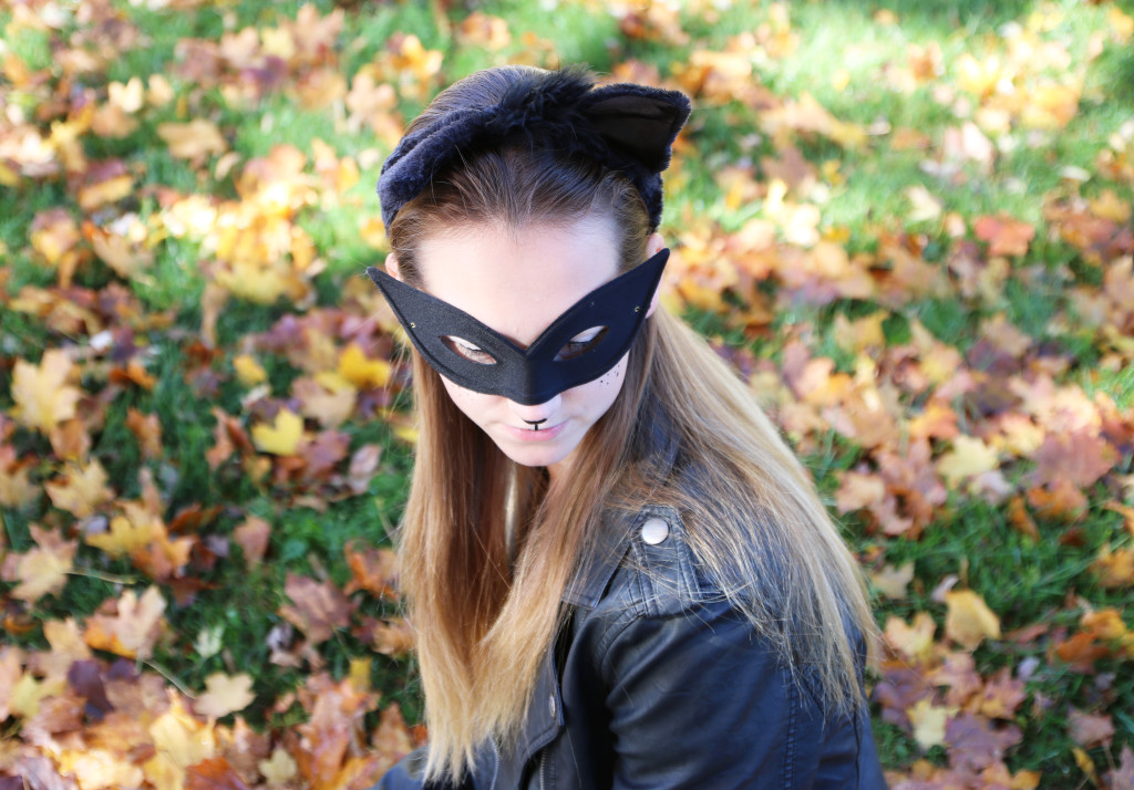 mask, cat woman costume