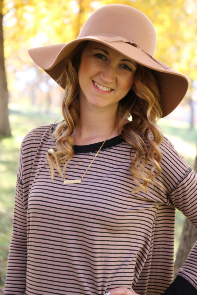 roman numeral necklace, tunic, floppy hat