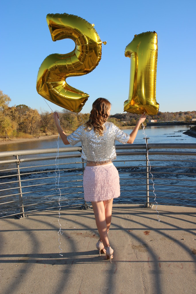 21 balloons, 21st birthday, pink fringe, sequins