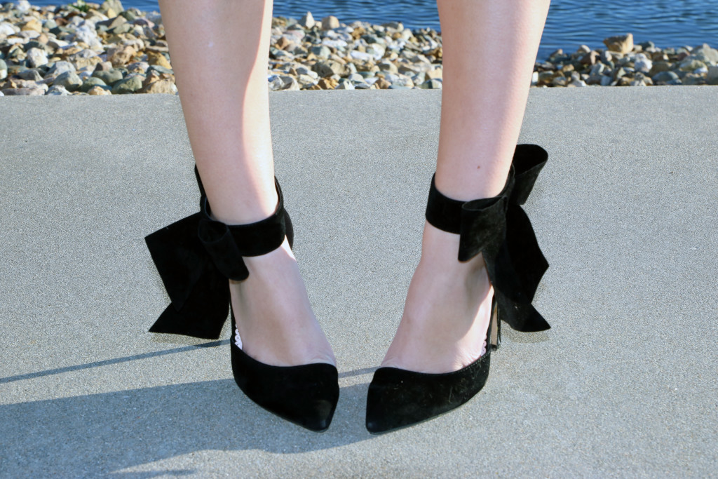 JustFab, bow heels, holiday look