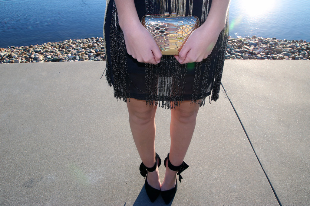 gold clutch, fringe