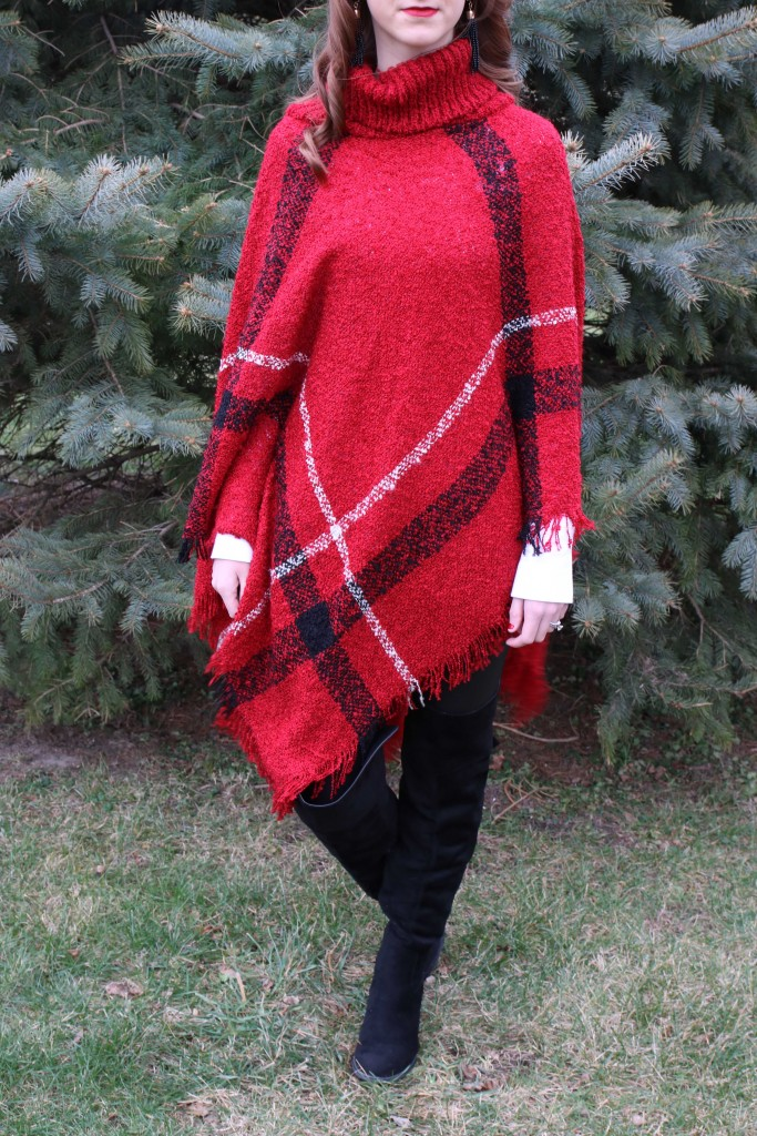 plaid poncho, Christmas look