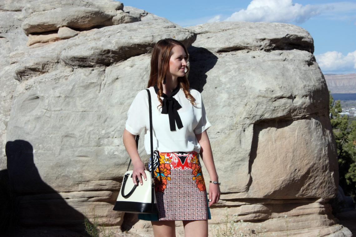 office look, black and white blouse, Colorado National Monument, Kate Spade tote