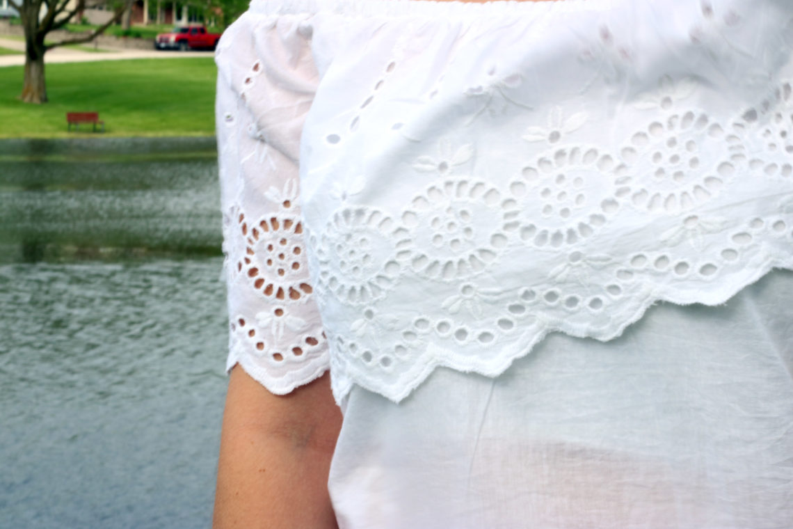 Francescas eyelet top, white on white outfit