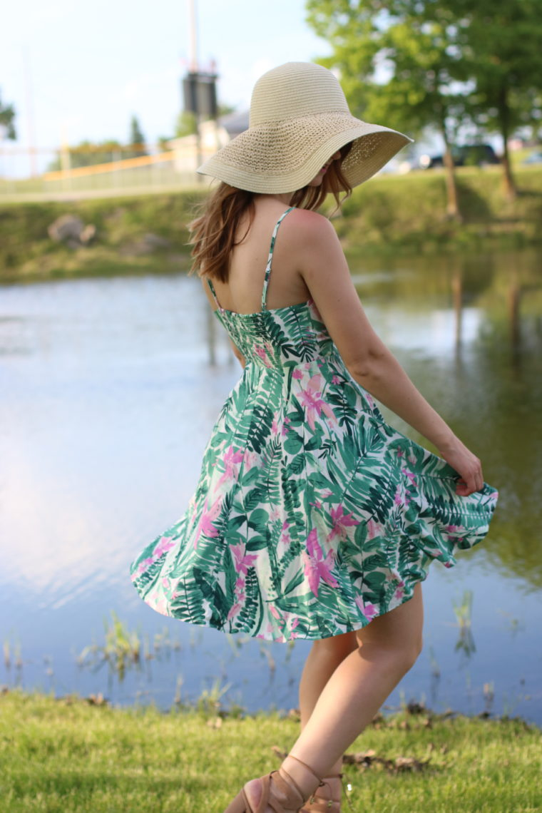 beach dress, Old Navy palm tree dress