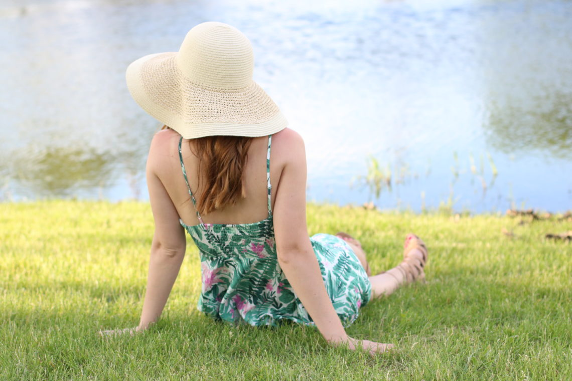 floppy hat, pond, summer look, palm tree dress
