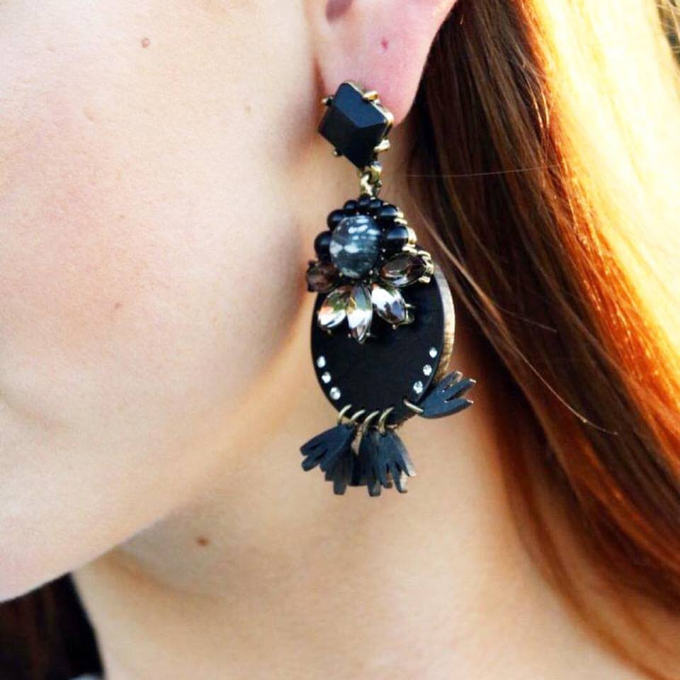 statement earrings, black earrings
