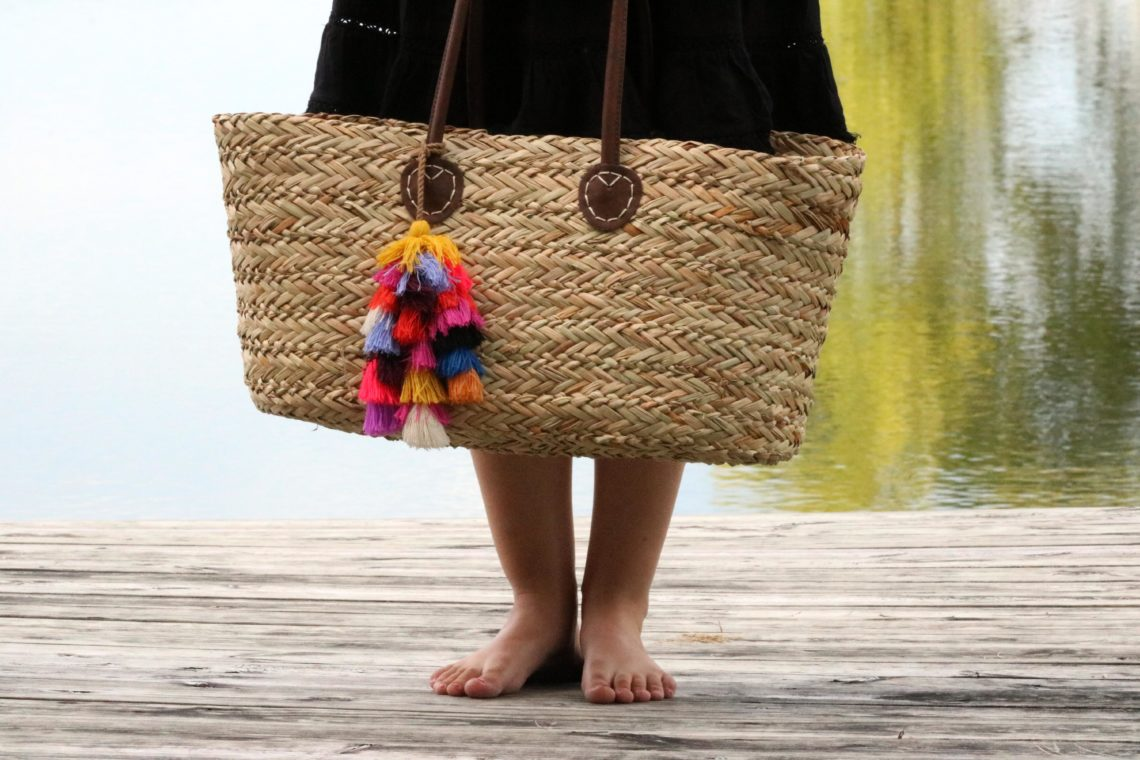 beach tote, tassels, bright colors, Summer