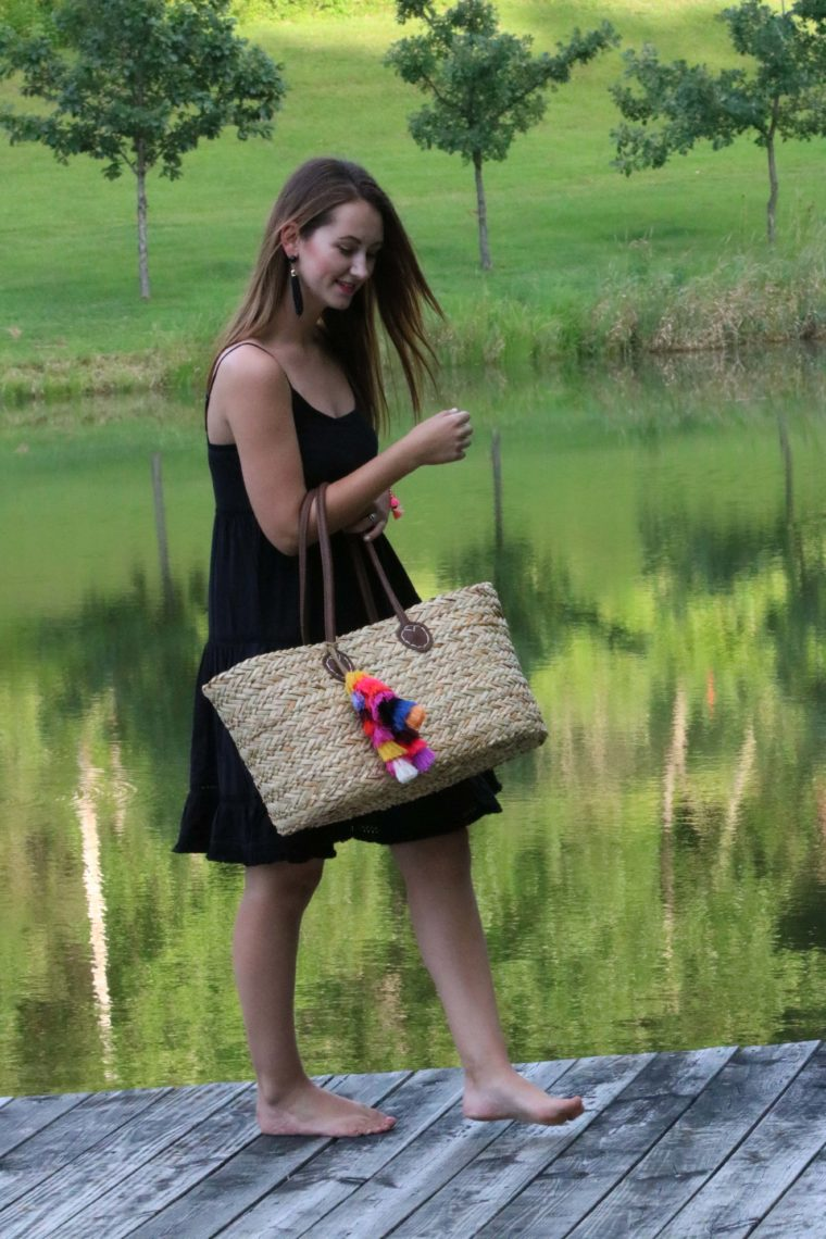beach look, tassel tote, black dress, Summer