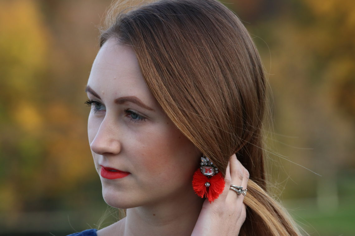 statement earrings, Baublebar, orange lips