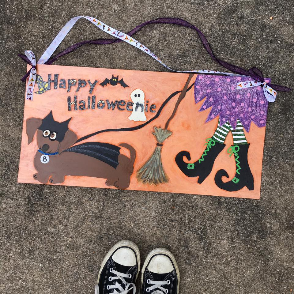 Happy Halloweenie, Halloween sign, weiner dog,