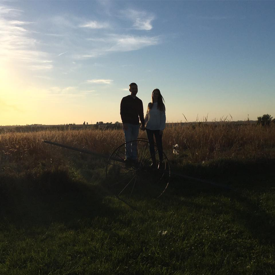 family photos, sunset, Iowa, Iowa sunset, fall, silhouette, couple