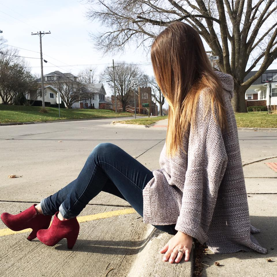 turtleneck sweater, Express, burgundy booties, fall look