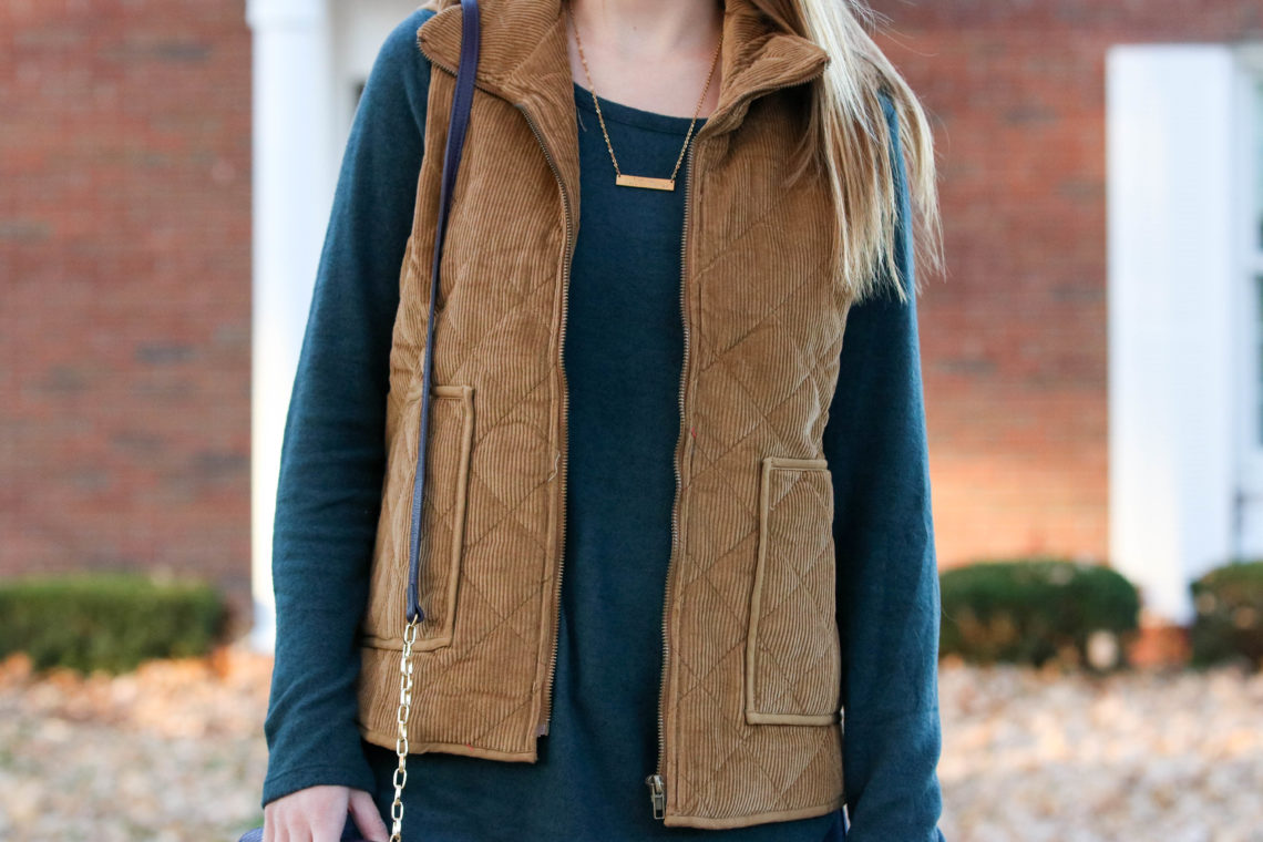 Old Navy sweater, corduroy vest, SIEBoutique, fall look, fall fashion