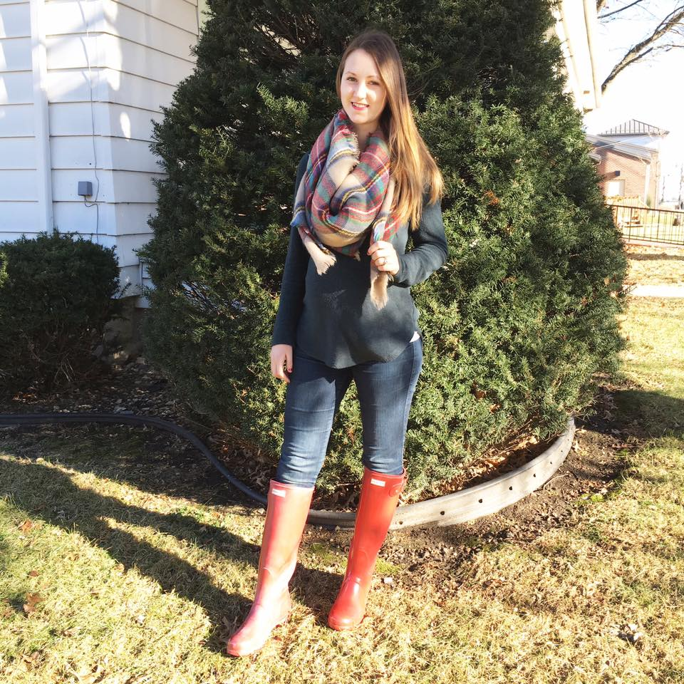 Hunter boots, plaid blanket scarf, holiday outfit