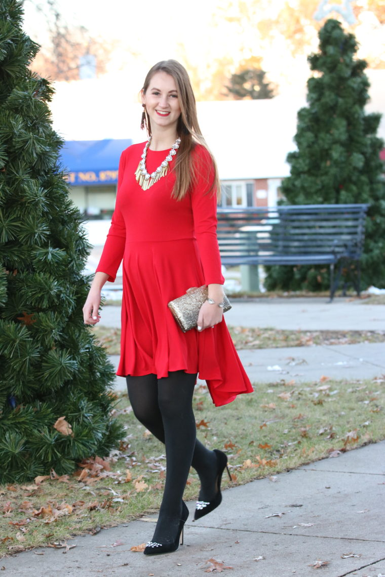 embellished pumps, red dress, holiday outfit, gold glitter clutch, fringe necklace