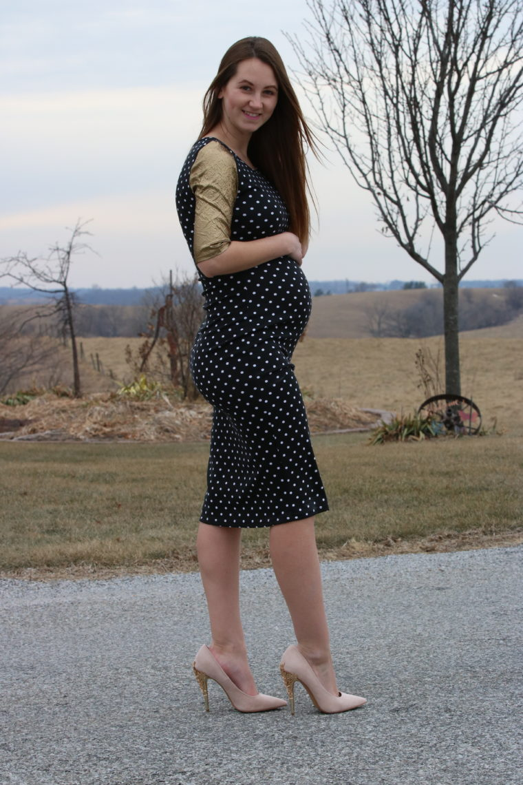 for the love of glitter, women's fashion, polka dot dress, maternity style, pink pumps