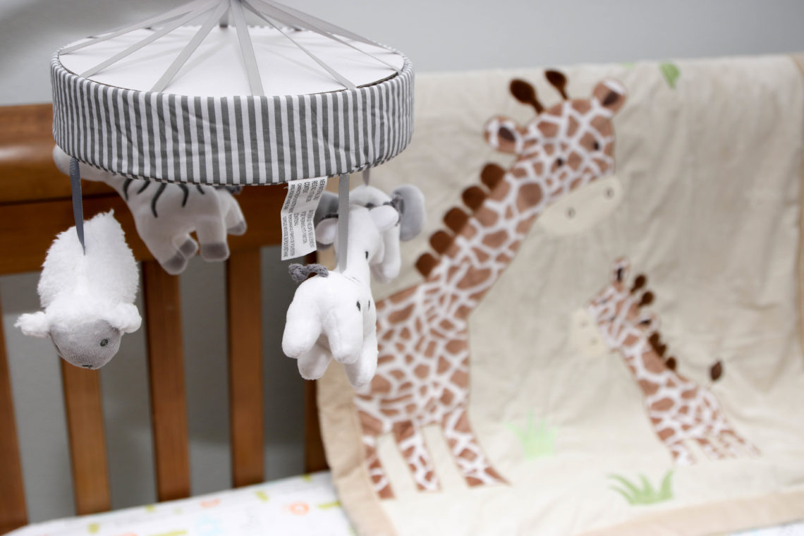 for the love of glitter, safari mobile, safari nursery, giraffe blanket
