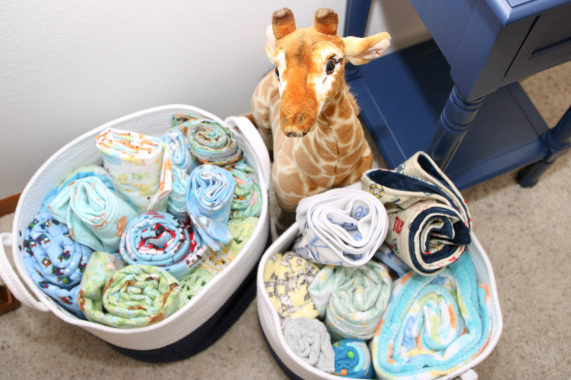for the love of glitter, blanker bins, giraffe, safari nursery