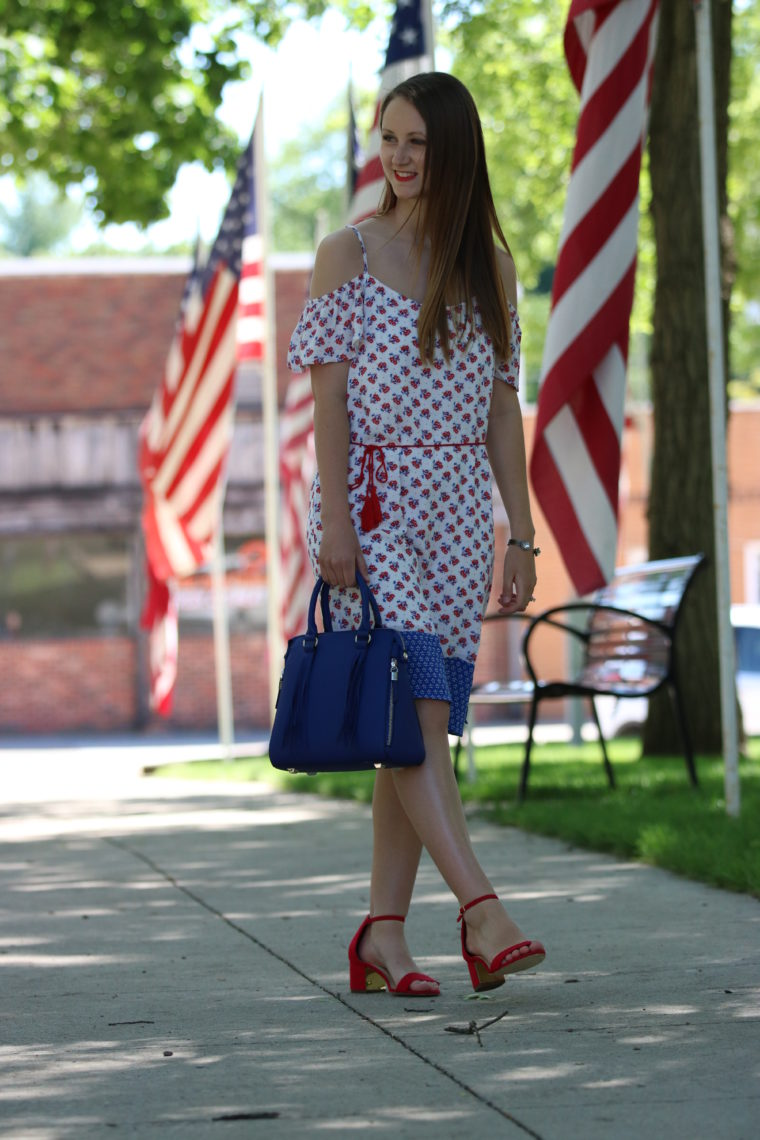 for the love of glitter, patriotic look, red heels, blue bag, women's fashion