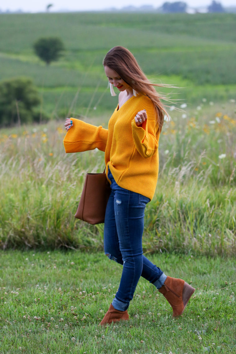 for the love of glitter, bell sleeve top, Tory Burch tote, fall style, women's fashion