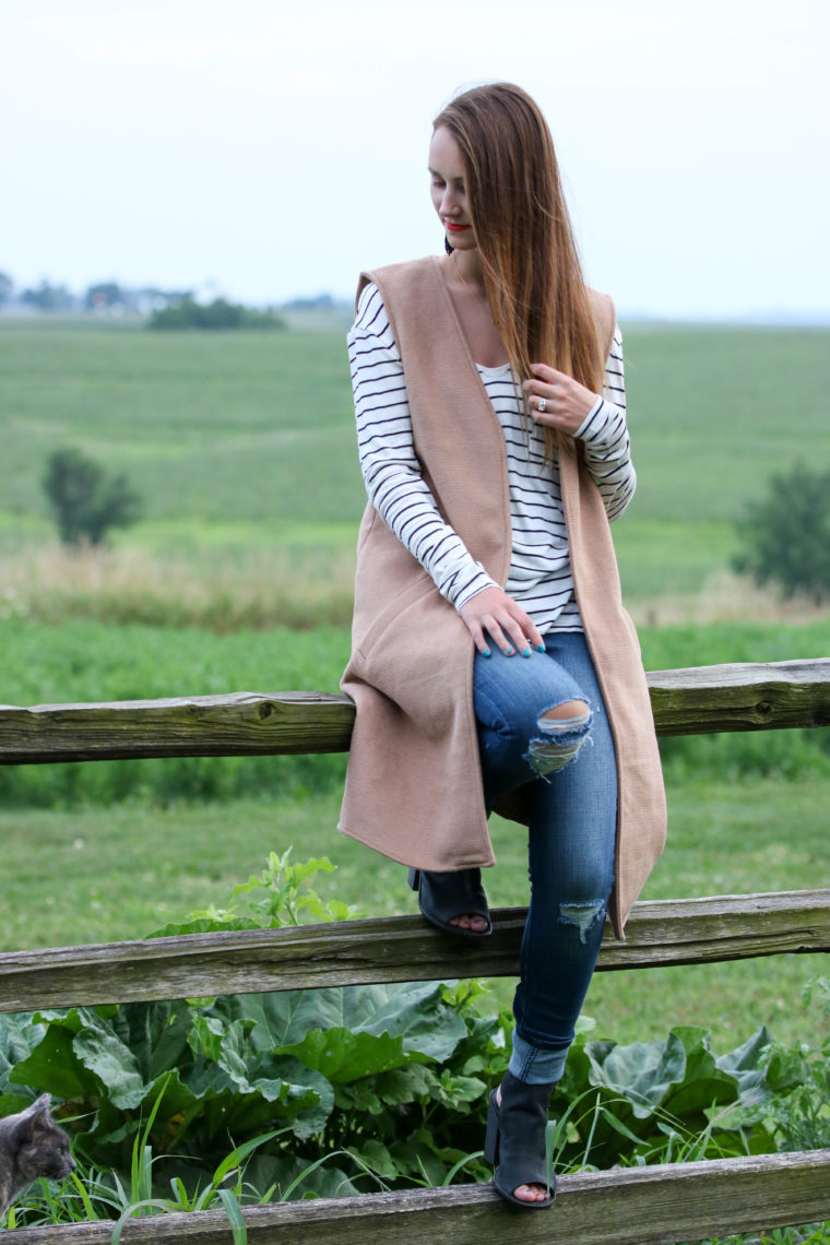 for the love of glitter, stripe tee, long vest, fall style, denim jeans, women's fashion