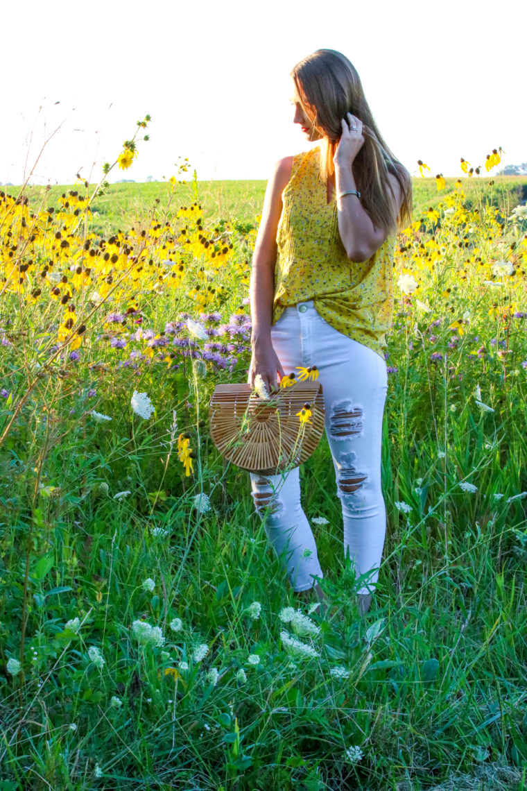 for the love of glitter, wild flowers, yellow top, white denim, summer style