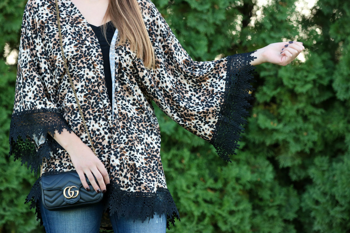 for the love of glitter, leopard kimono, lace kimono, Gucci bag, fall fashion