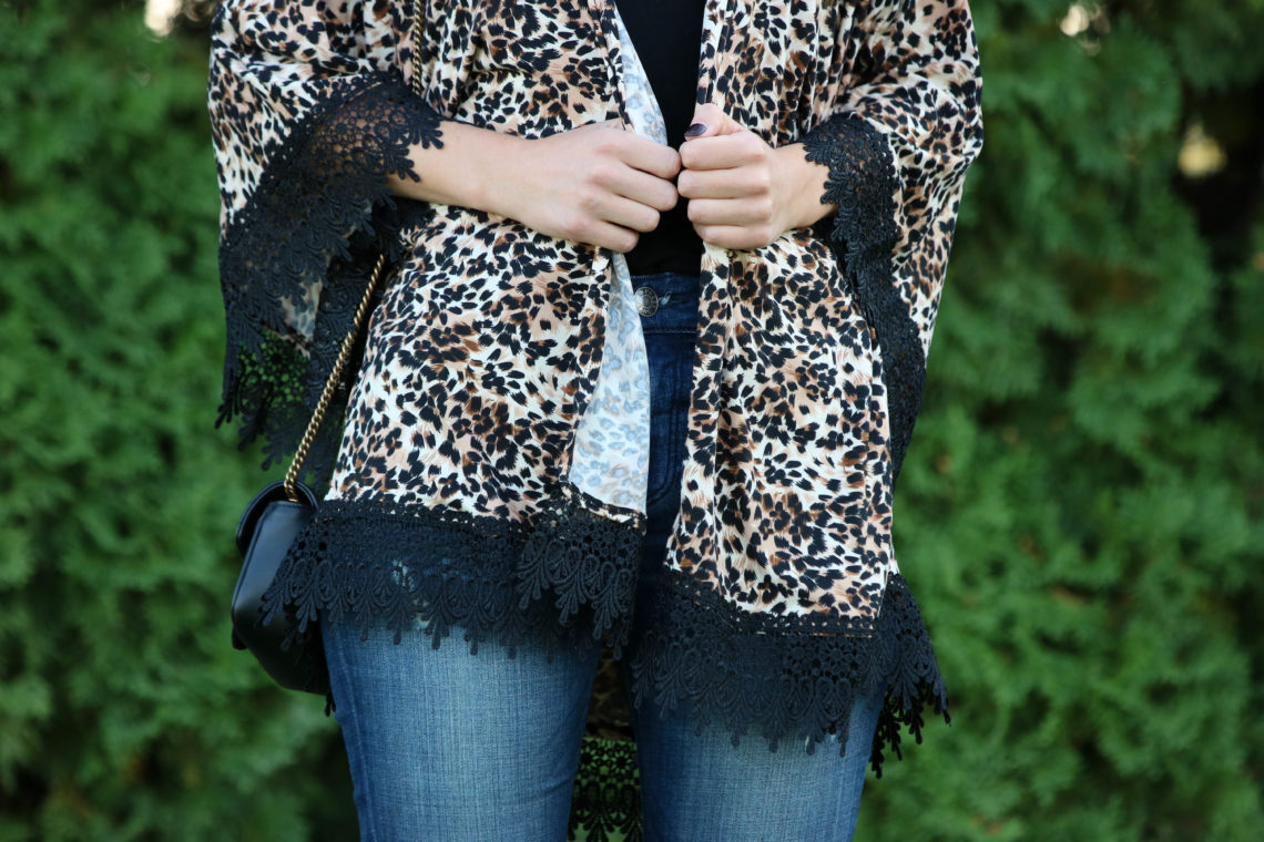 for the love of glitter, leopard kimono, lace kimono, fall style, women's fashion
