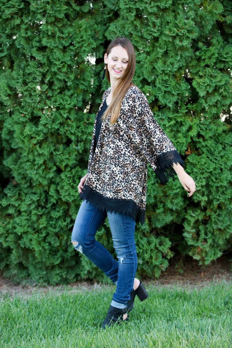 for the love of glitter, leopard kimono, open toe booties, fall style, women's fashion