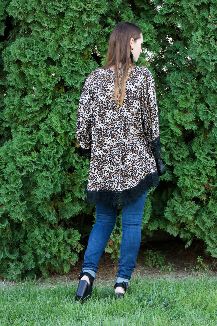 for the love of glitter, leopard kimono, lace trim, fall style. women's fashion