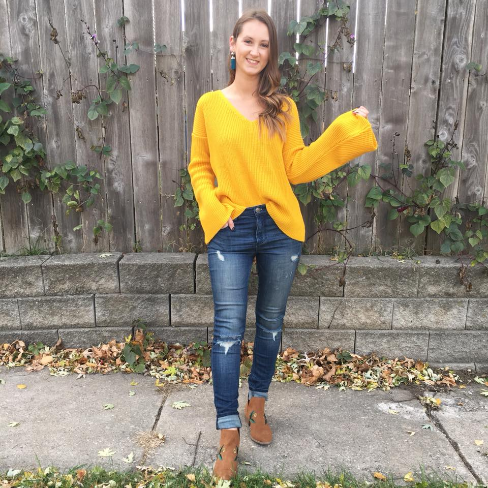 yellow bell sleeve sweater, bell sleeves, fall style