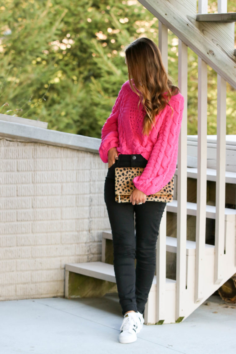 for the love of glitter, hot pink sweater, pink cable knit sweater, leopard clutch, black jeans, fall style