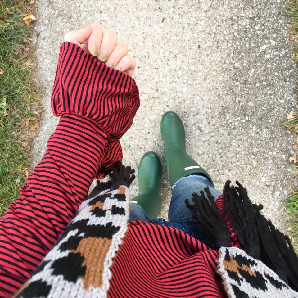 for the love of glitter, leopard scarf, bell sleeve blouse, Hunter boots, fall style