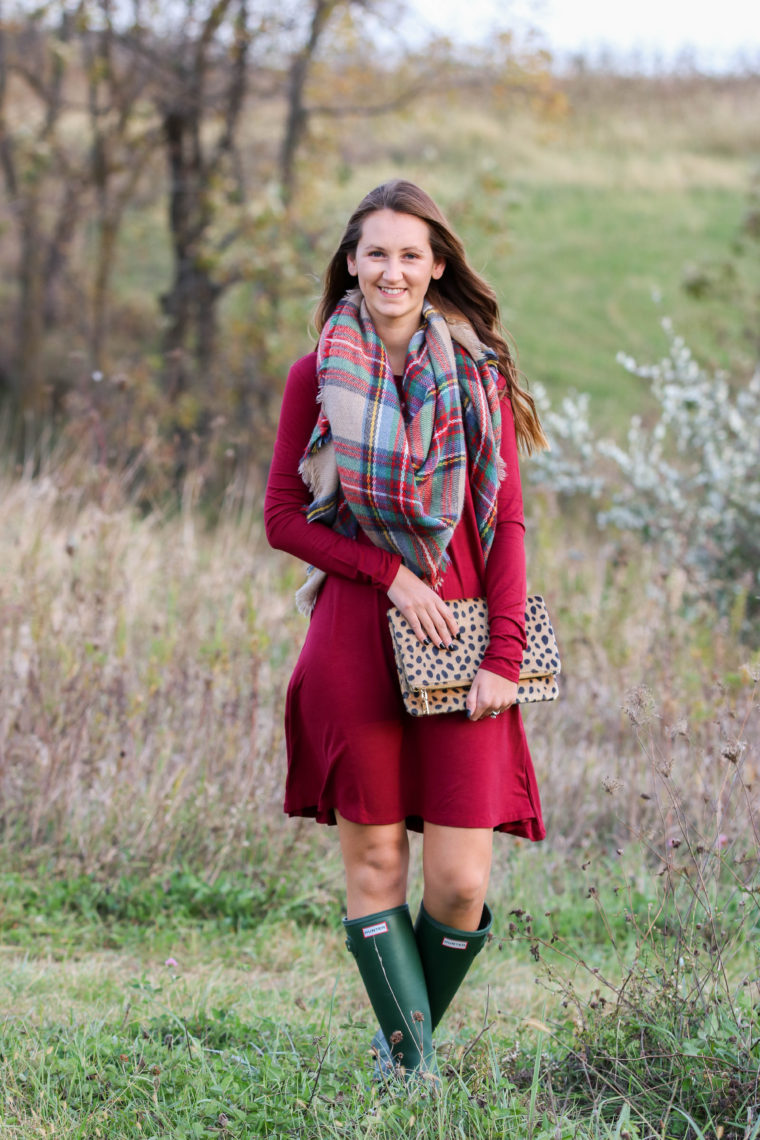 for the love of glitter, plaid blanket scarf, burgundy dress, Hunter boots, fall style