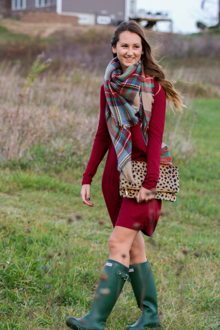 for the love of glitter, green hunter boots, burgundy dress, fall style