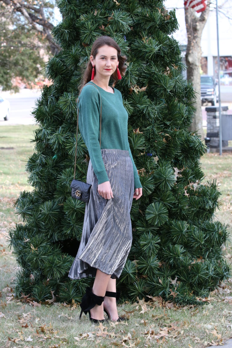 for the love of glitter, Gucci bag, silver pleated skirt, holiday style