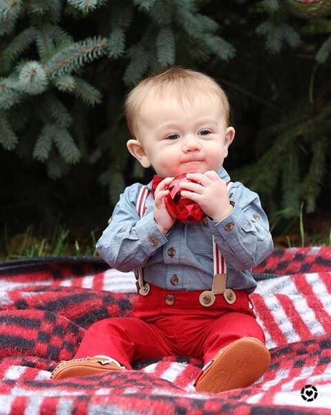 baby style, baby holiday outfit, baby Christmas photos