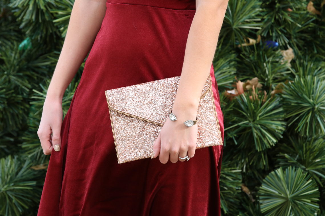 for the love of glitter, gold sequin envelope clutch, holiday style