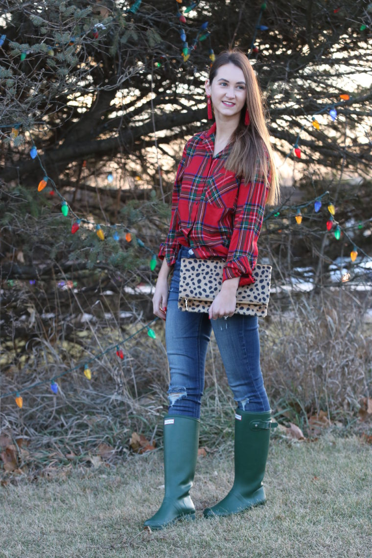 for the love of glitter, Hunter boots, leopard clutch, plaid top, holiday style