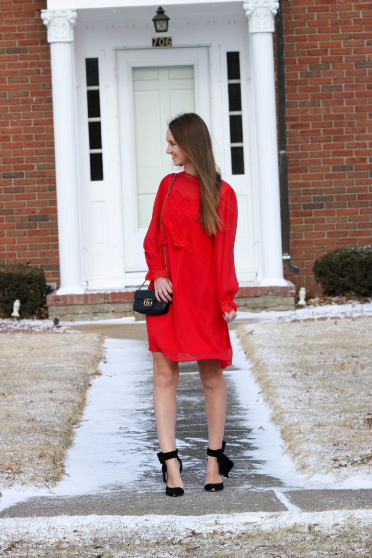 Valentine's Day outfit, red dress, black bow heels