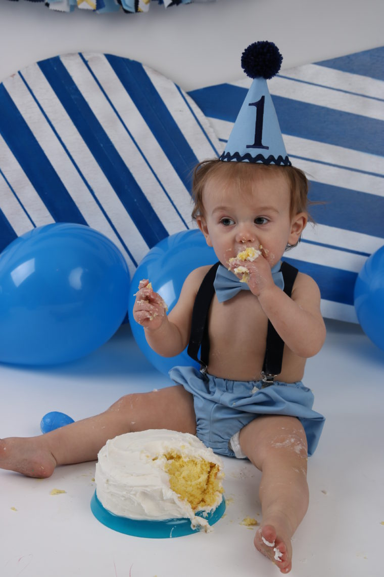 baby boy 1st cake smash, baby boy first birthday, cake smash outfit