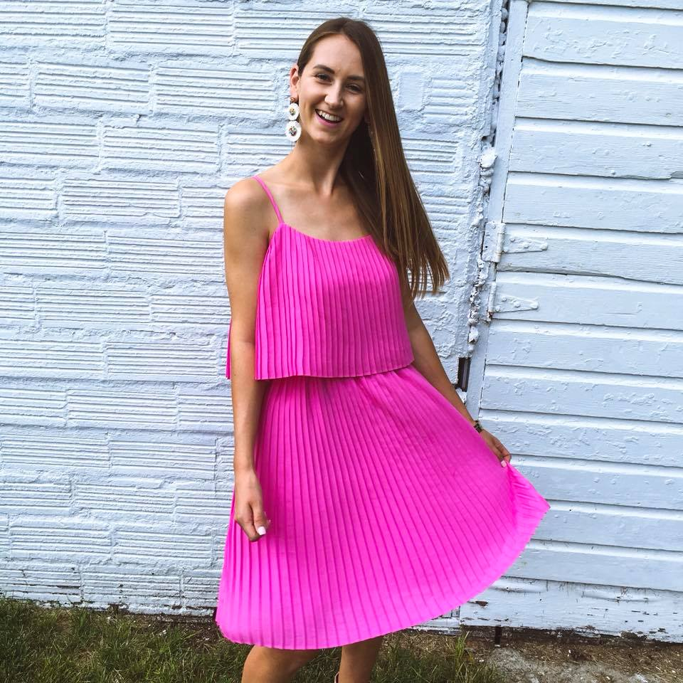 pink pleated dress, summer style