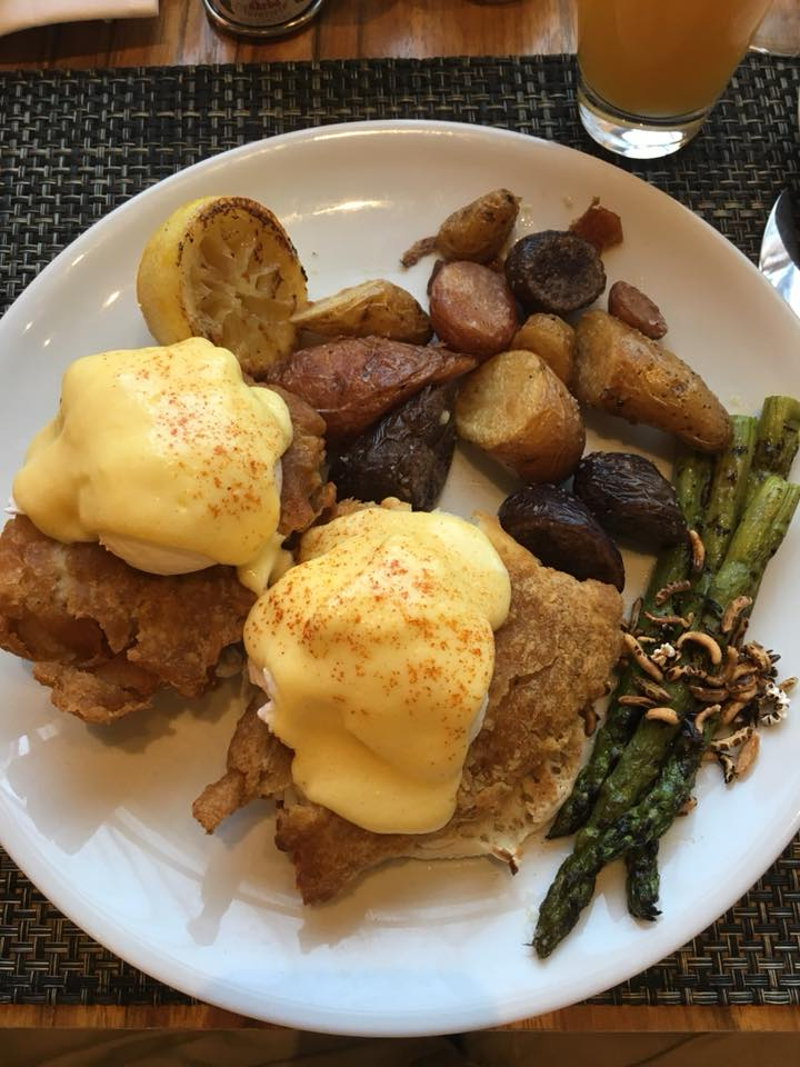 Loews Minneapolis Hotel review, Cosmos Restaurant, breakfast