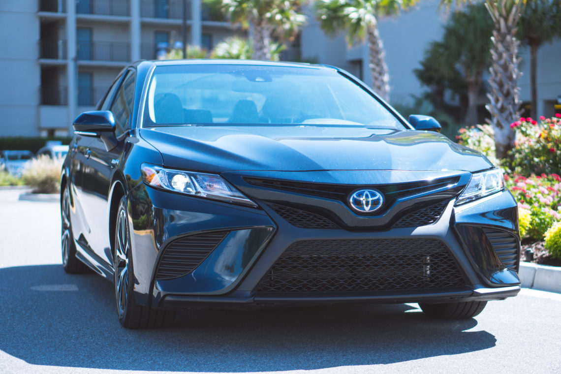 2018 Toyota Camry Hybrid SE Sedan, Toyota Camry, let's go places