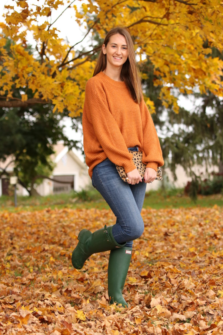 orange sweater, green hunter boots, fall style, yellow leaves